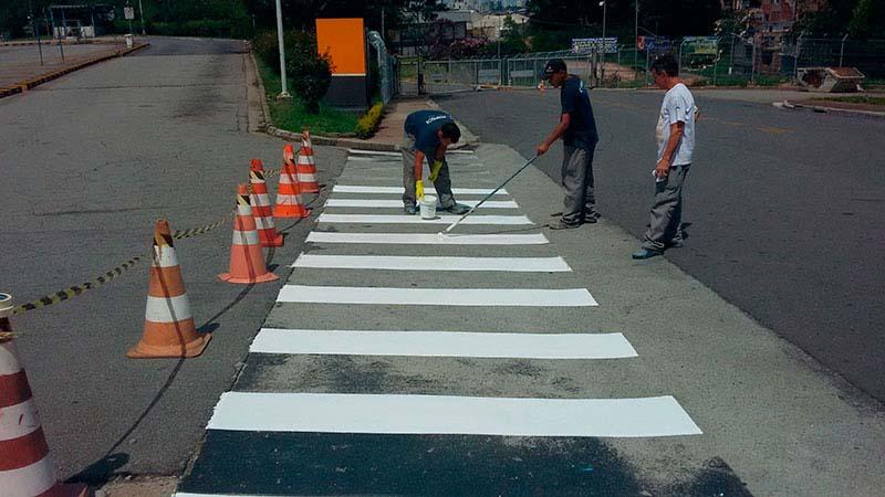 Demarcação de piso para estacionamento