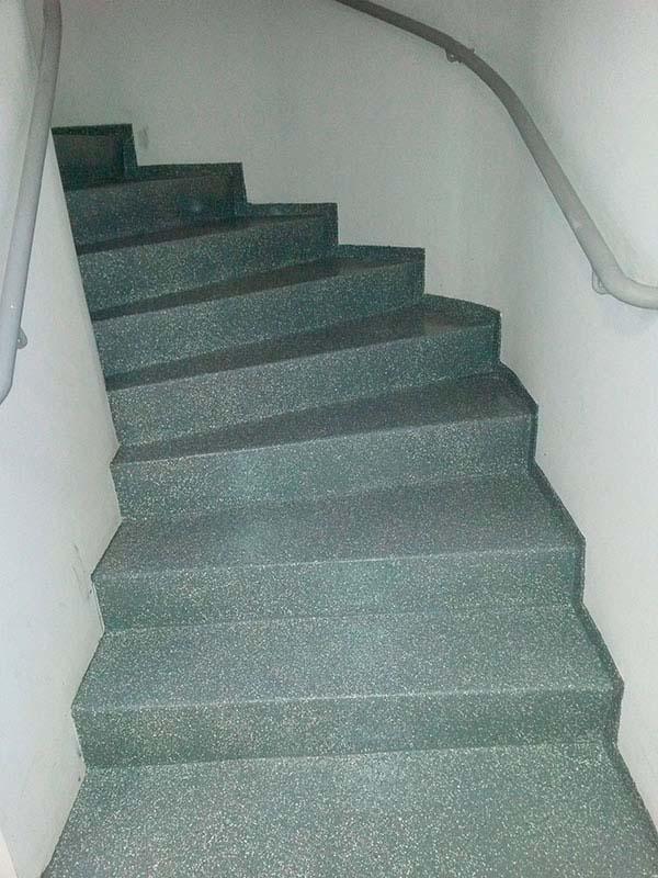 Tinta epoxi para piso antiderrapante