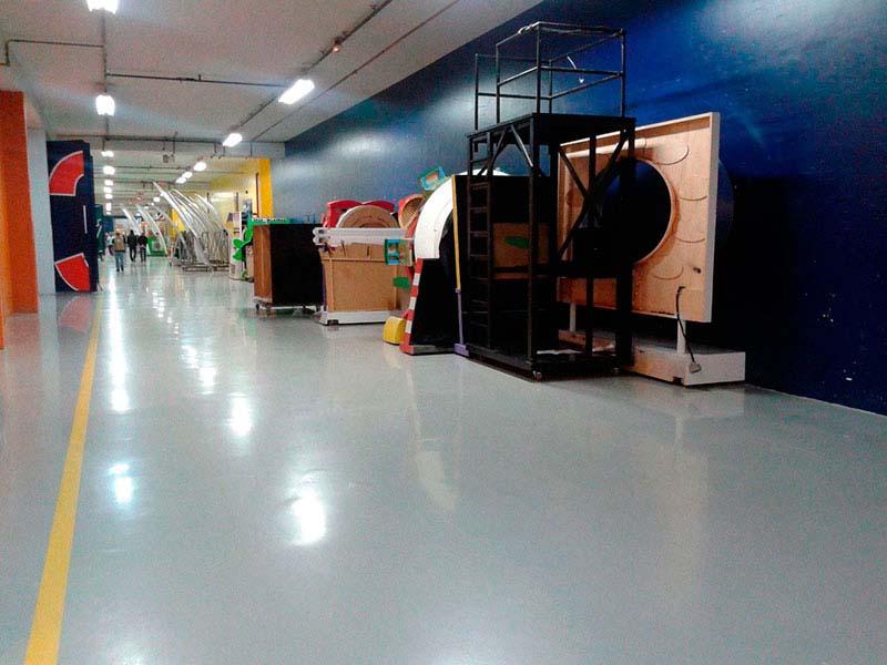 Pintura epoxi para piso industrial